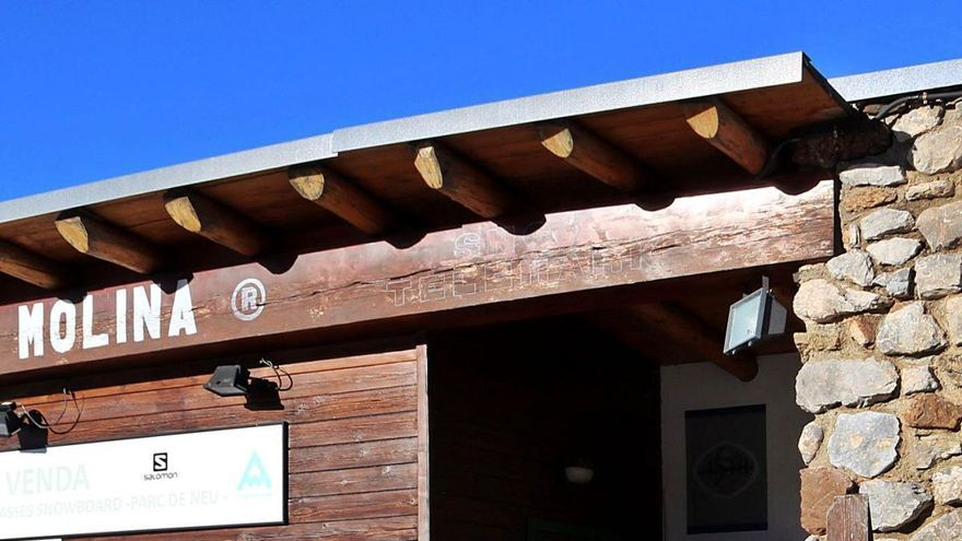 Les escoles d'esquí volen un rescat pel sector a la Cerdanya i el Ripollès