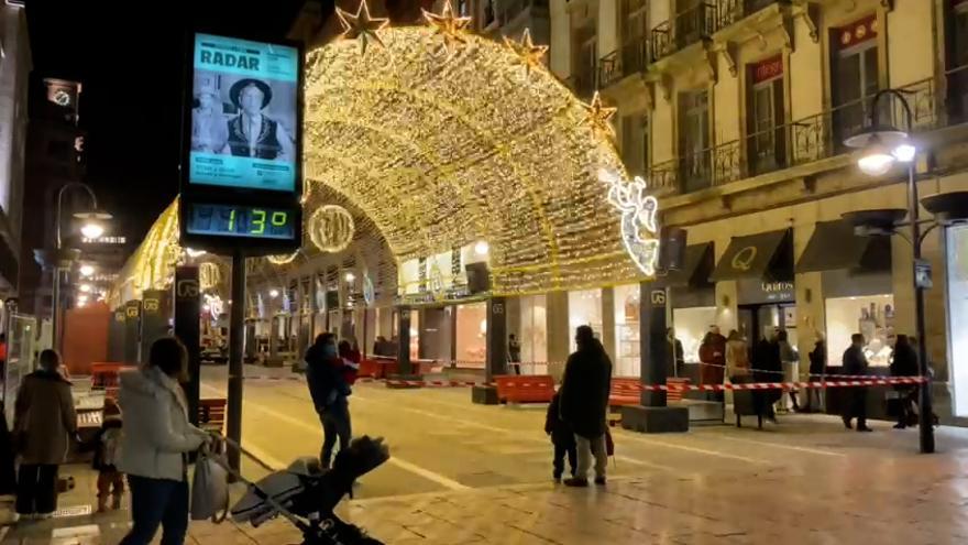 Oviedo prueba las luces de su Navidad más luminosa