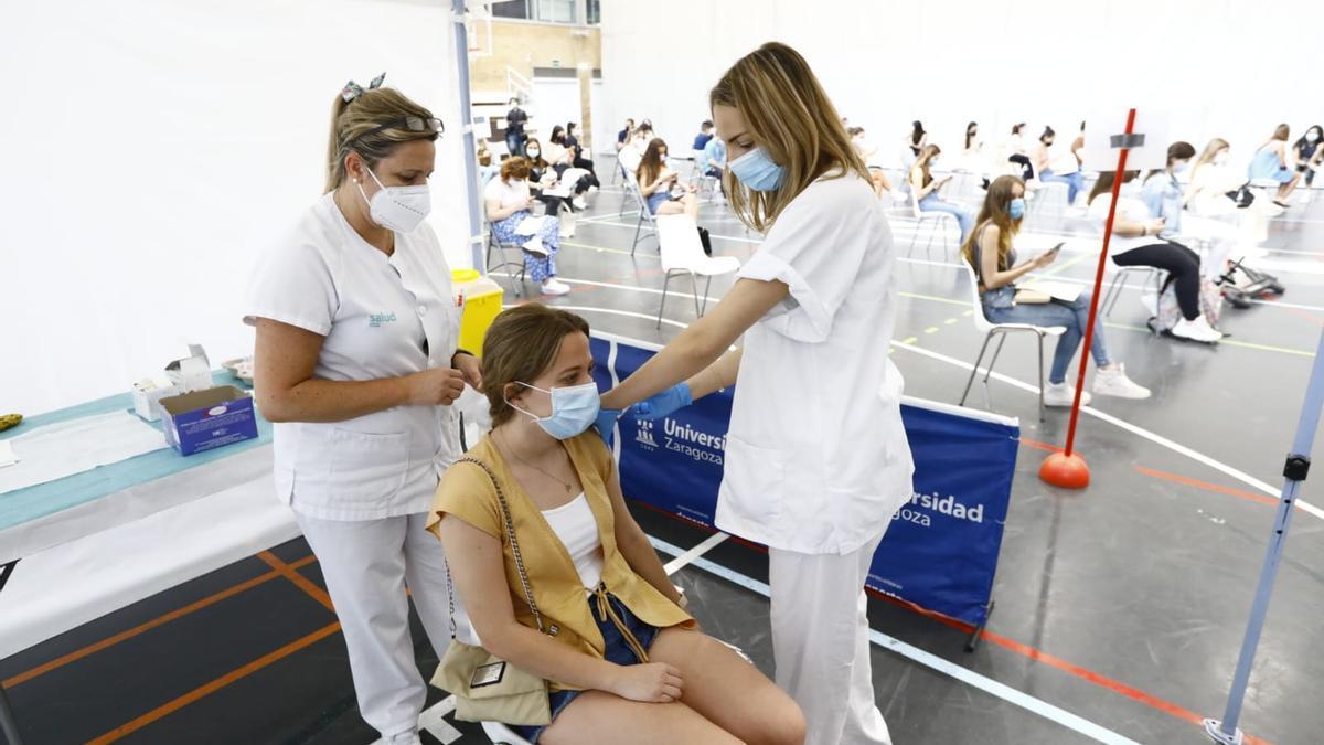 Vacunación en la Universidad de Zaragoza.
