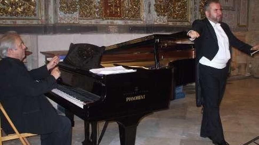 Antonio López y Luis Santana ofrecerán un recital.