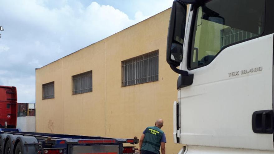 Dos detenidos por ocho robos a camiones en polígonos industriales de València