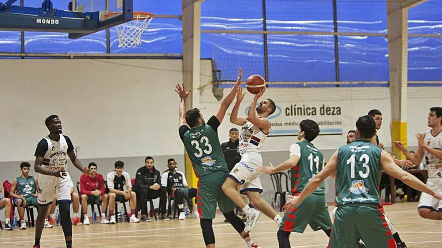 El Obradoiro Silleda quiere restañar sus heridas en casa del Calvo Basket Xiria