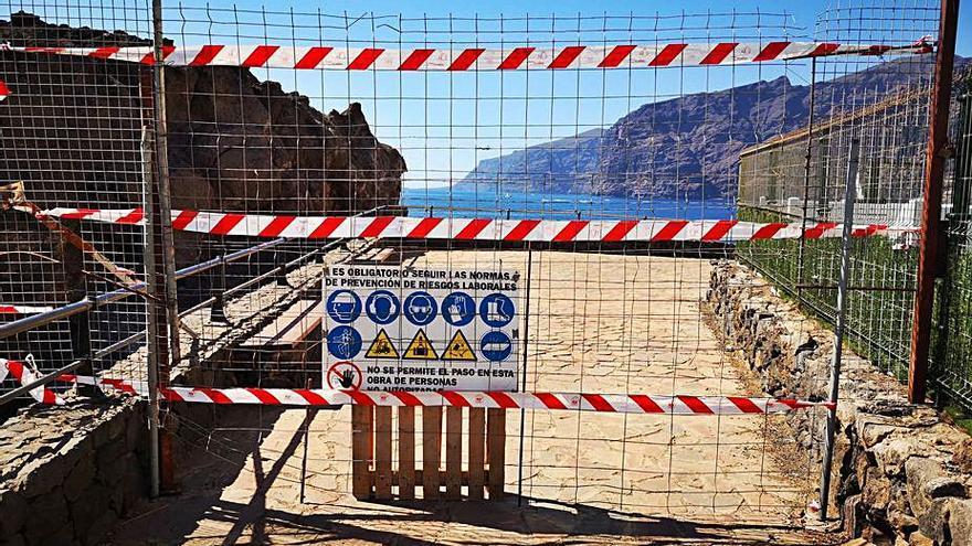 Siguen las visitas al Tancón pese al último ahogamiento y las multas