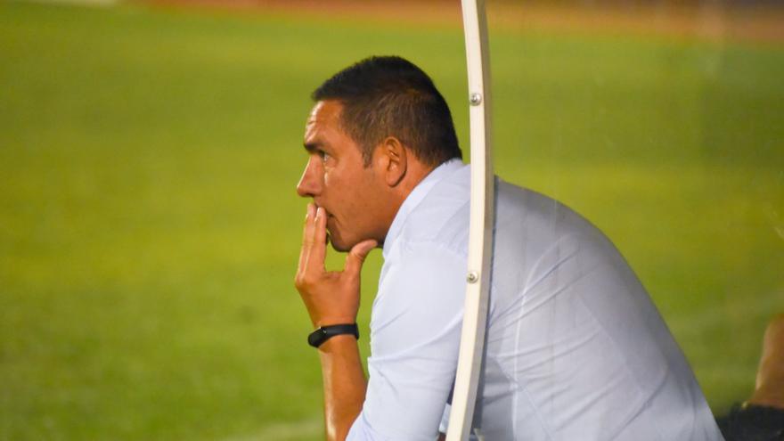 """Juan Carlos Gómez, """"tranquilo"""" ante el inicio de liga del Don Benito"""