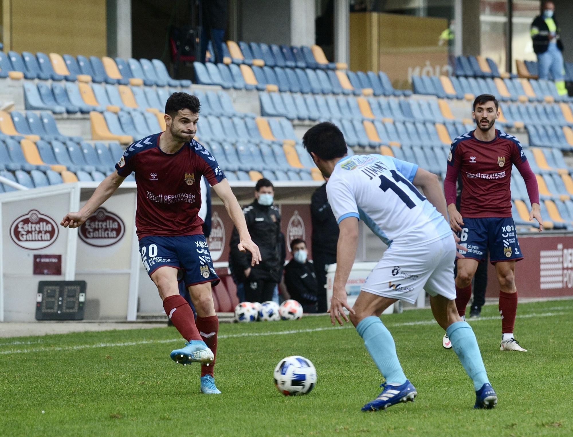 El Pontevedra CF se ahoga ante el Compostela