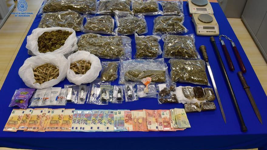 Tres detenidos por vender droga en un restaurante de Ibiza