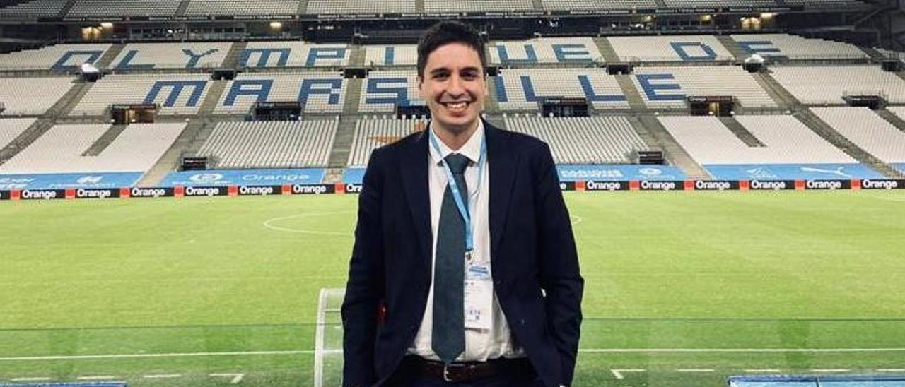 Sergio Santomé en el Stade Orange Vélodrome de Marsella. |