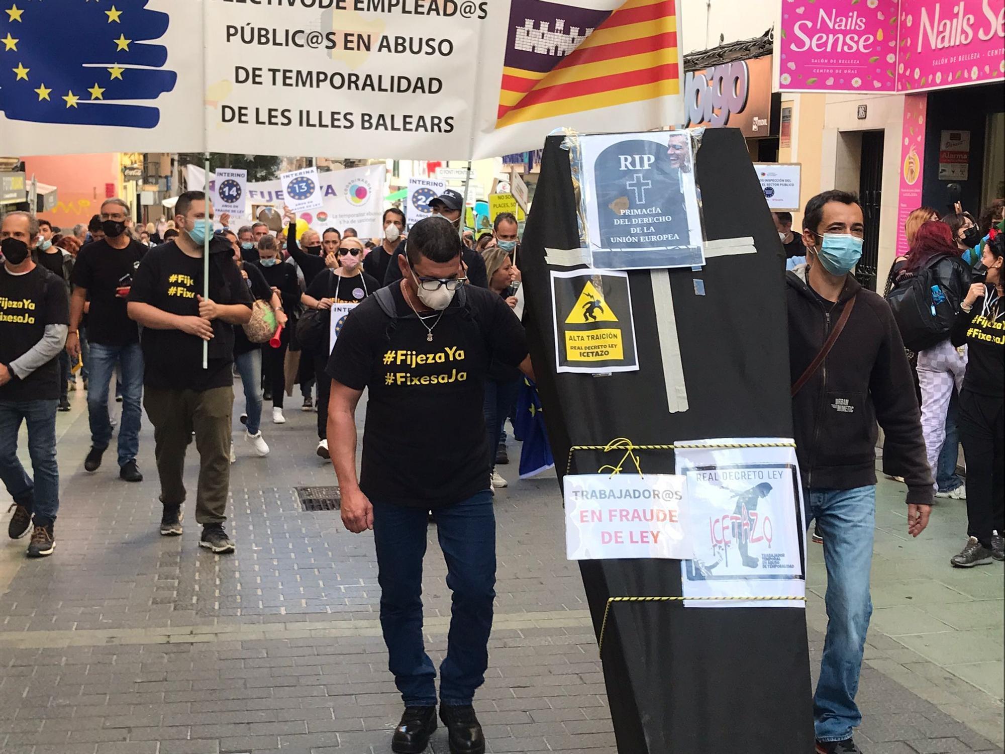 141 Trabajadores interinos autonómicos han hecho huelga, según el Govern