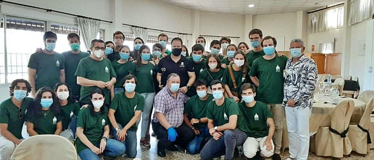 Grupo de participantes en el Campus con el presidente de la Mancomunitat, José V. Andreu.