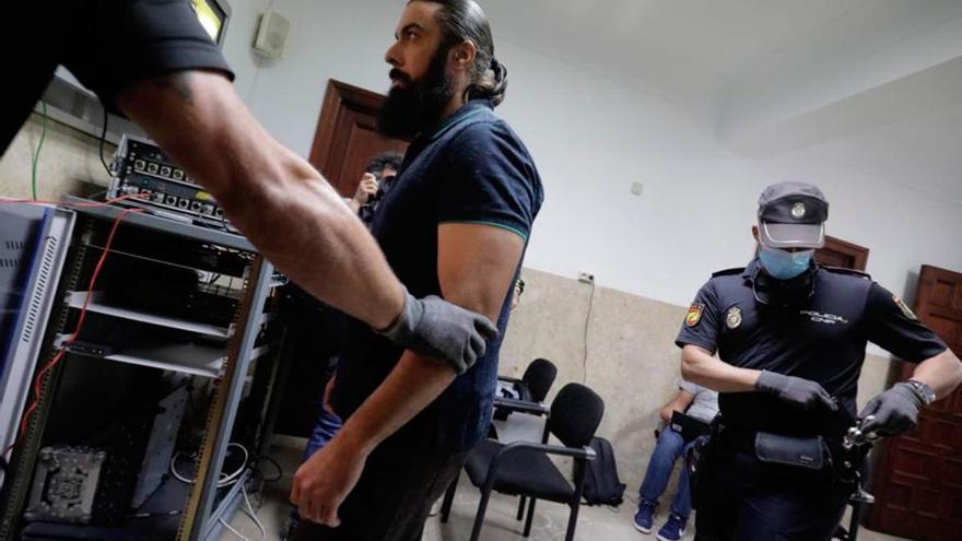"""La fiscalía tilda de """"cobarde"""" la confesión de Rafael Pantoja"""