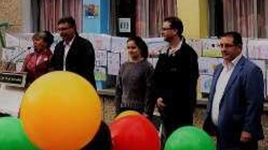 Redondela celebra el Día del Niño con los alumnos del colegio Igrexa