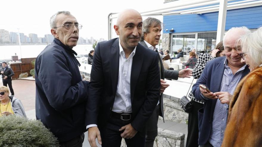 El exentrenador del Sporting Abelardo, muy cerca de dirigir al Espanyol