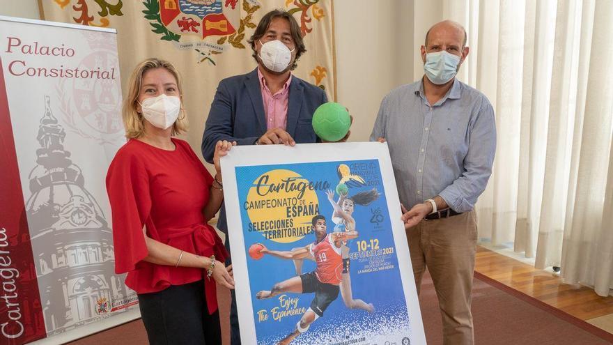 Mil jóvenes, en el Campeonato de España de balonmano playa en La Manga