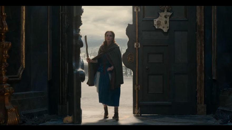 Así canta Emma Watson en 'La bella y la bestia'