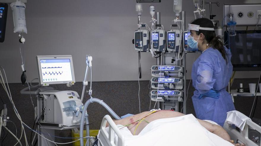 Asturias entra en nivel de riesgo 2 de covid por la incidencia y los ingresos hospitalarios