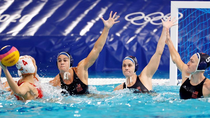 La selección femenina de waterpolo, plata tras chocar contra EEUU