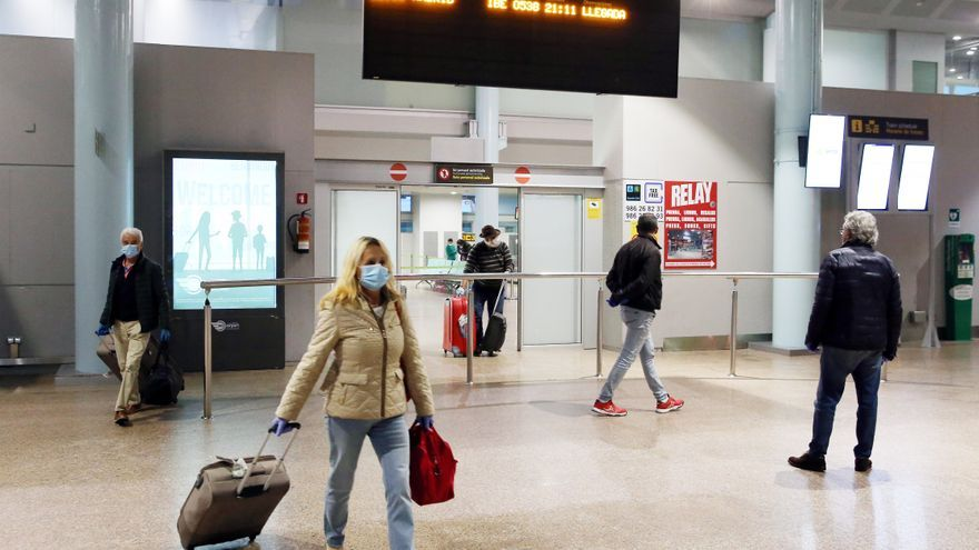 Alvedro acelera mientras Peinador sigue sin noticias de Ryanair