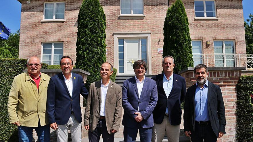 Els indultats de Junts visiten Puigdemont