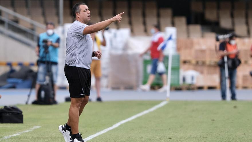 Germán Crespo, un estreno fulgurante en el banquillo del Córdoba CF
