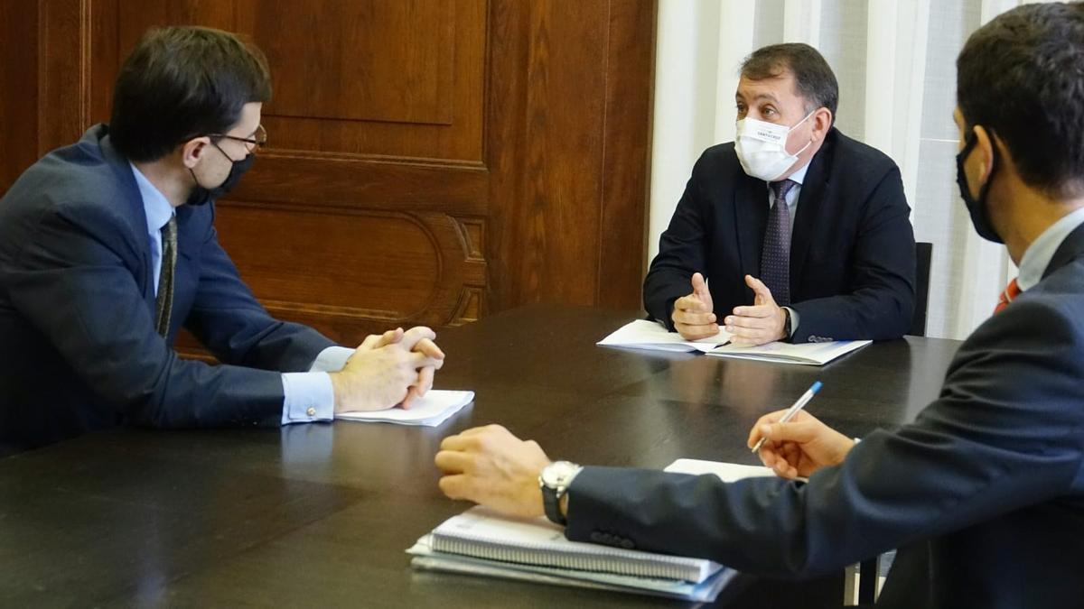 Bermúdez exige a González-Barba más coordinación para afrontar la crisis migratoria