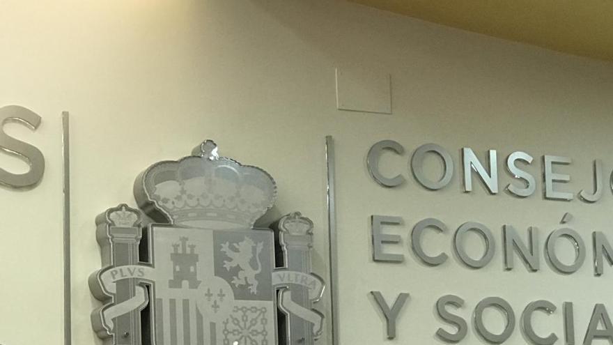 """Juan José Álvarez: """"Cinco municipios de la Región se están despoblando"""""""