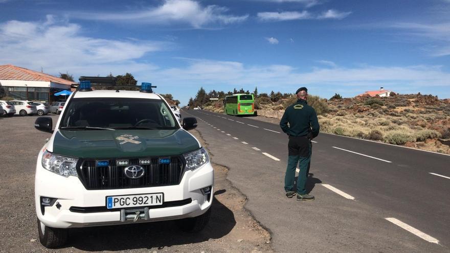 La Guardia Civil vigila los accesos al Teide para evitar carreras ilegales