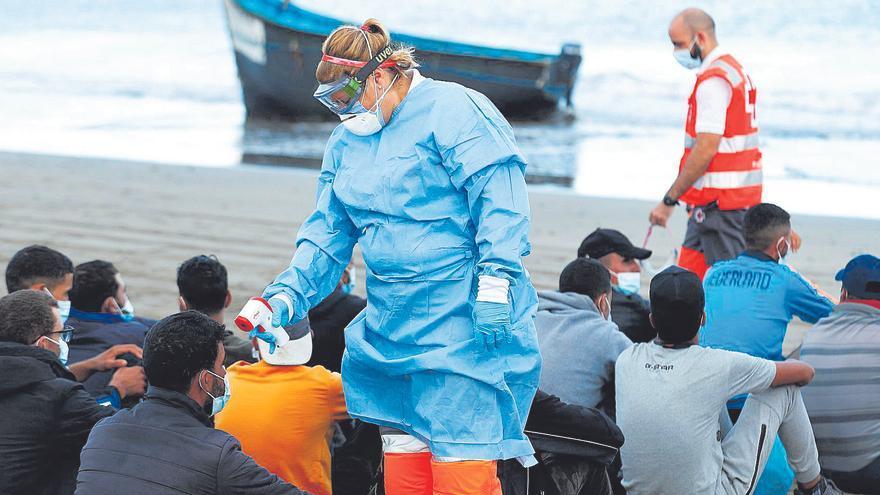 La pandemia impide a Rabat repatriar a los que llegan a Canarias en pateras