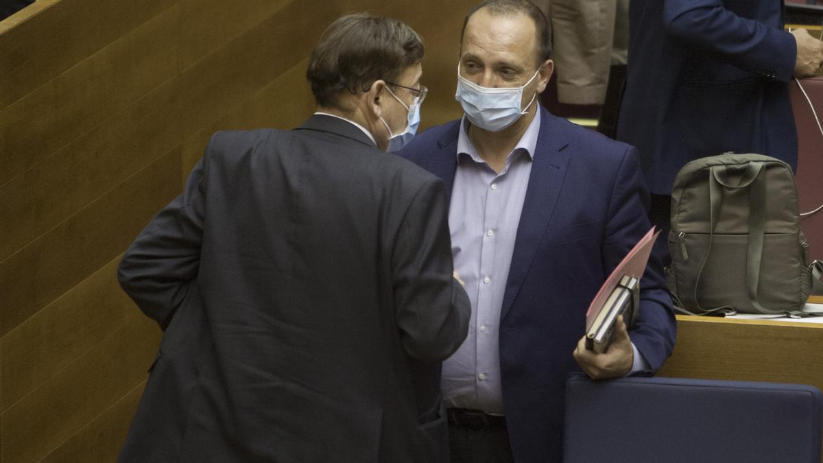 Rubén Martínez Dalmau en les Corts Valencianes