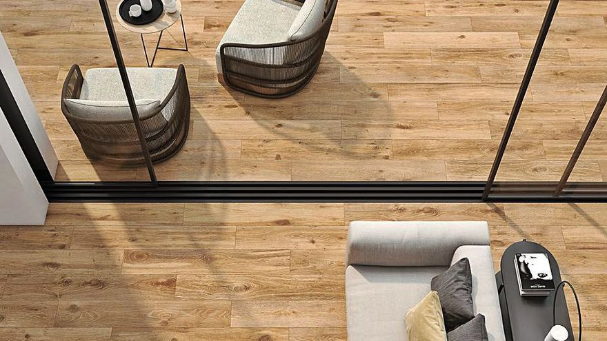 Keraben recrea la belleza y la textura de la madera en la colección 'Naturwood'