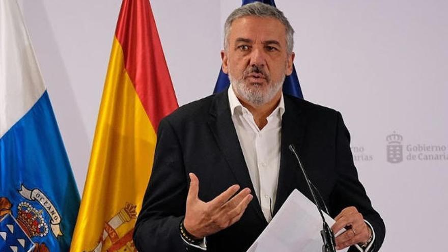 """Canarias admite que la situación de Gran Canaria """"ha mejorado algo"""" pero no como se esperaba"""