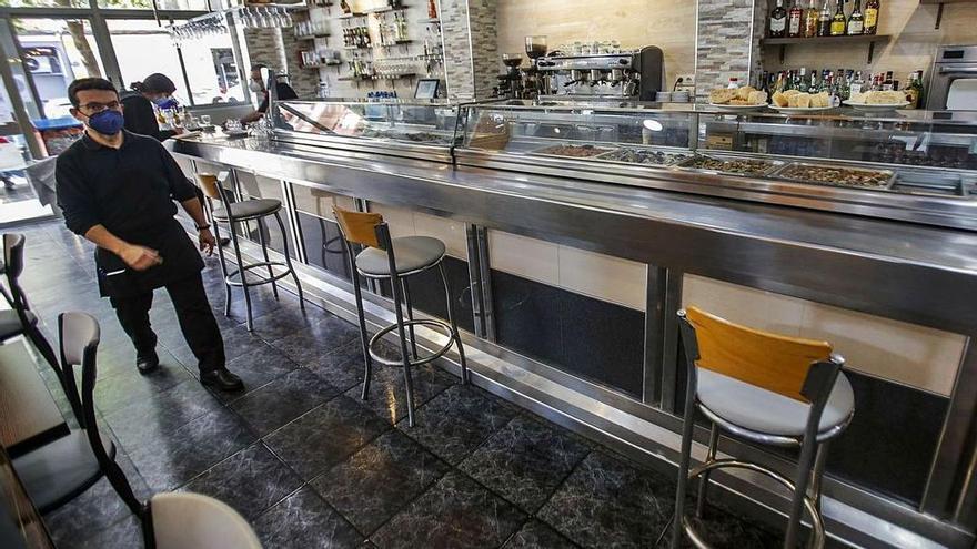 Cuándo podrán los bares de Valencia servir en el interior