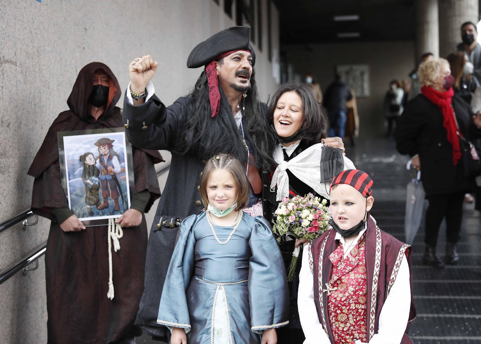 Un 'Sí quiero' muy pirata en Vigo