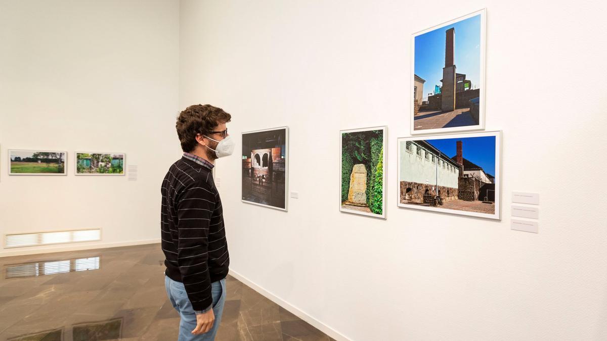 La galeria Octubre de l'UJI acull la present mostra fotogràfica de Wences Rambla.