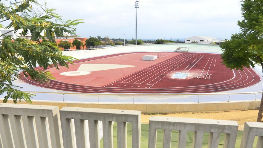 Crevillent reformará la pista de atletismo y cubrirá las pistas de fútbol sala en la Ciudad Deportiva Norte