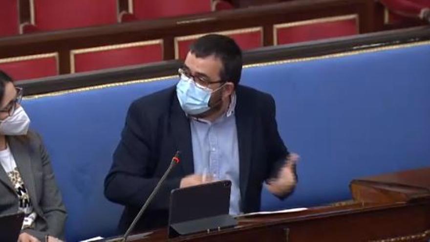 Vicenç Vidal exige a Madrid prohibir el diésel, no ampliar el aeropuerto y que tengan en cuenta la insularidad