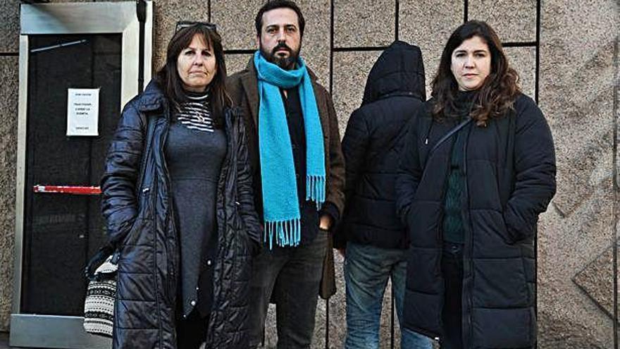 Los investigadores de los galpones exigen al Ayuntamiento un análisis caso por caso