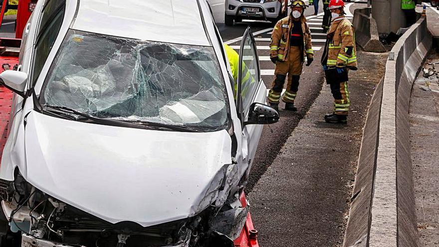 Una colisión múltiple se salda con dos heridos leves en Meaño
