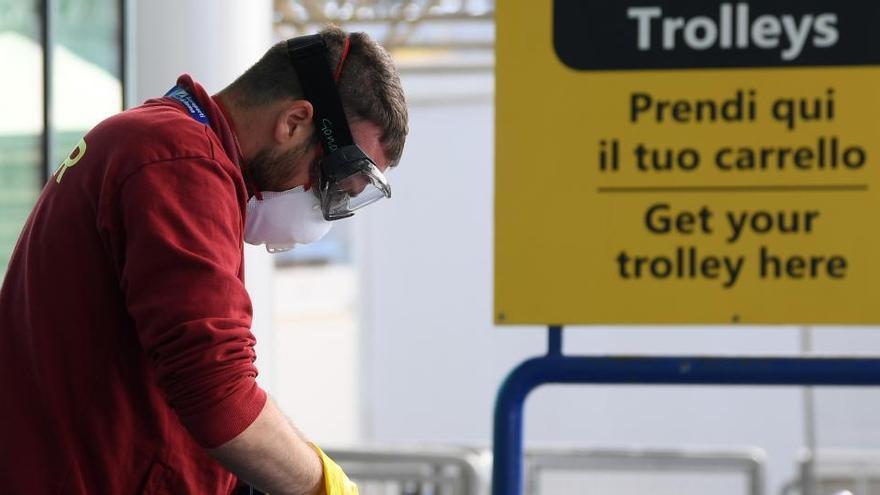 Italia reabrirá todos sus aeropuertos en junio tras el cierre por la pandemia.