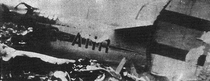Restos del avión hallado en el pico Pasapán