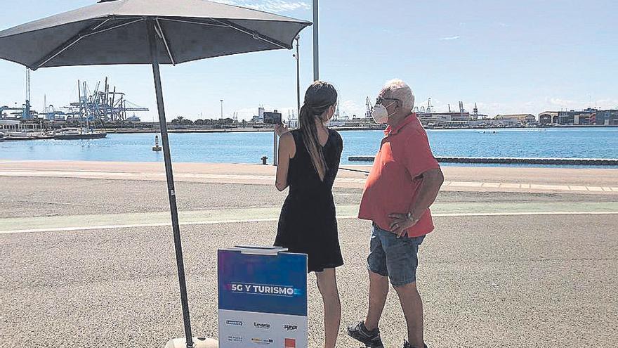 Calviño supervisa los avances del 5G en València