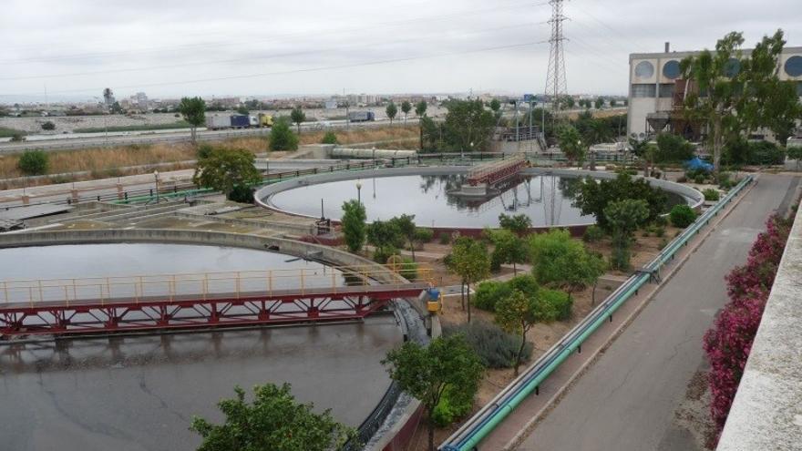 """Mollà advierte de que las investigaciones para detectar virus en aguas residuales son """"muy embrionarias"""""""