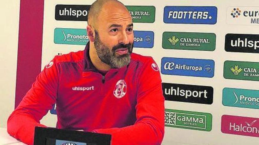 David Movilla insiste en que la permanencia del Zamora CF no está hecha