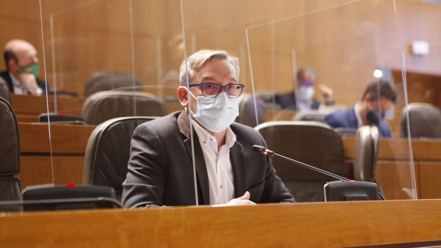 Juste (PP) urge a Lambán a exigir al Gobierno de España que retire su propuesta de impuesto a las autovías
