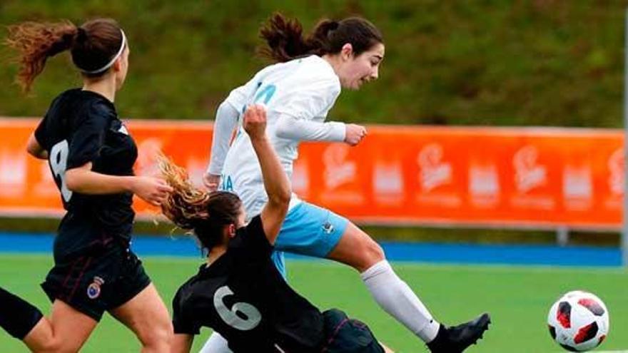 Eva Dios, una futbolista que rompe barreras