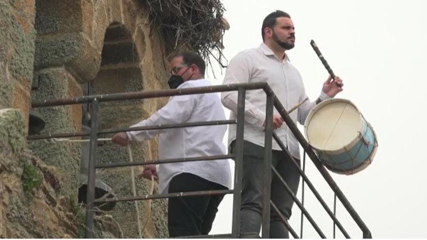 VÍDEO | Pedraza y Ballesteros: el tamborilero y el campanero, símbolos de la resistencia en la Zamora rural