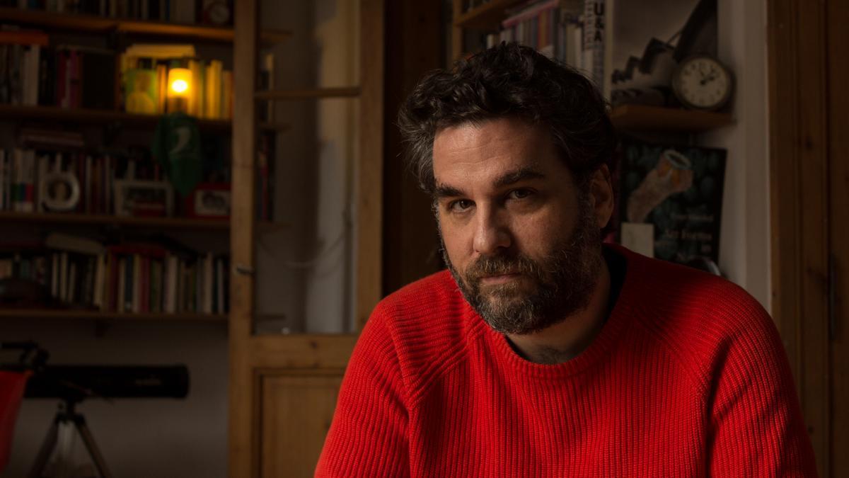 Roque Larraquy es uno de los escritores argentinos contemporáneos más relevantes.