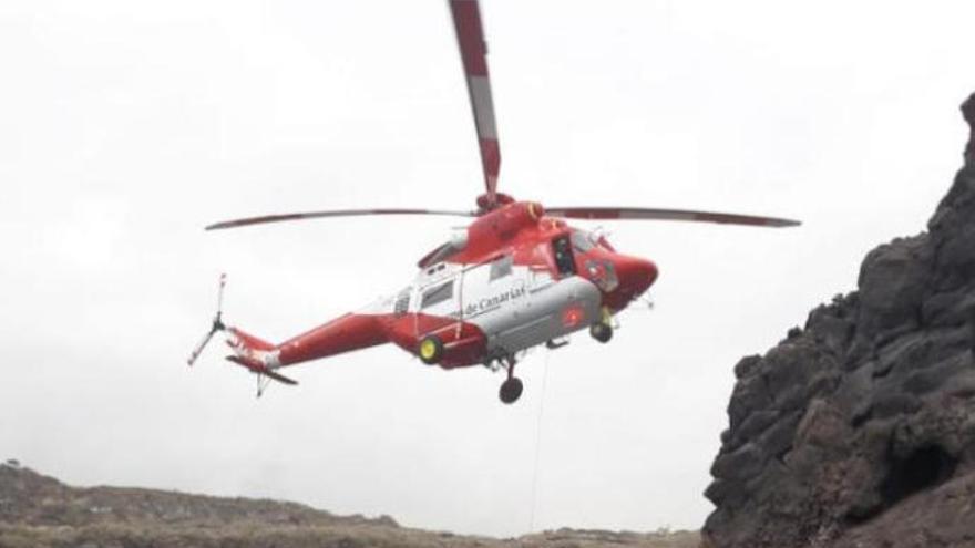 Muere un senderista al precipitarse por un barranco en La Palma