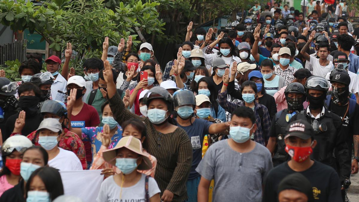 Protestas por el golpe de Estado en Birmania