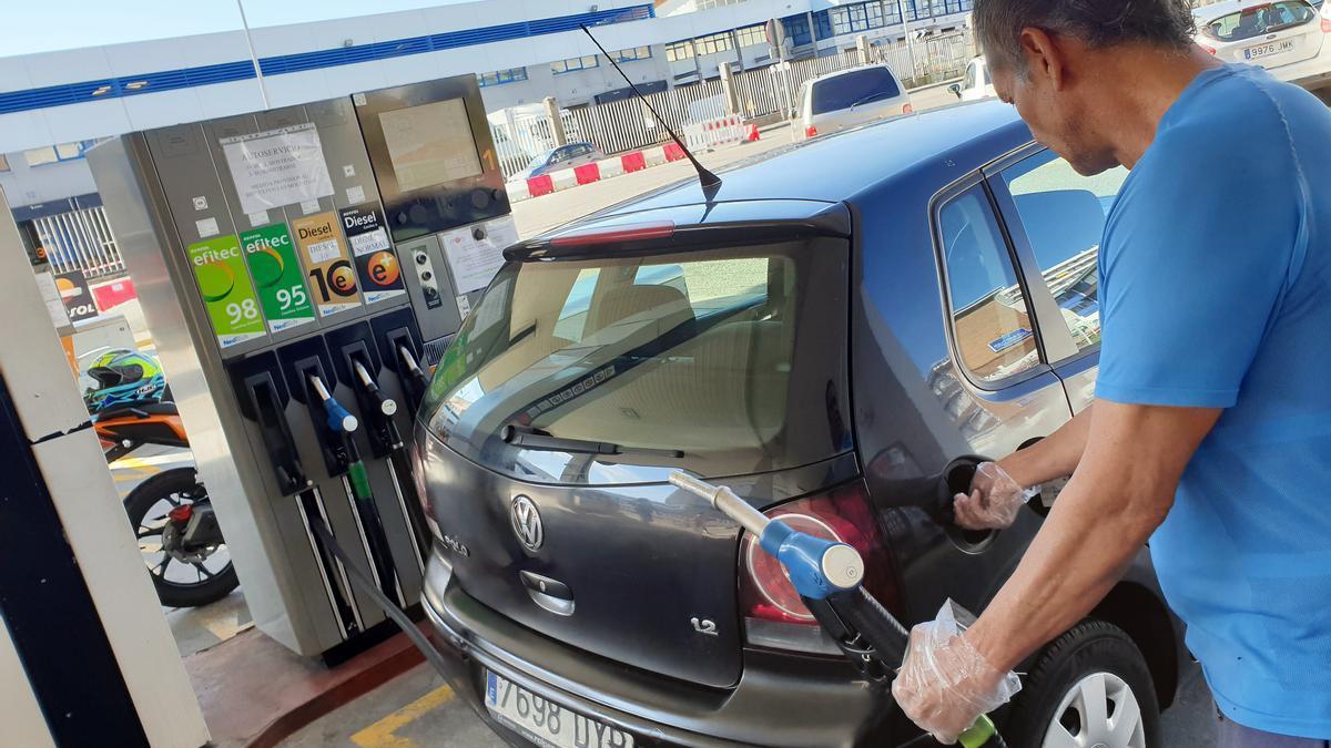 El precio de los carburantes ha disparad el IPC.