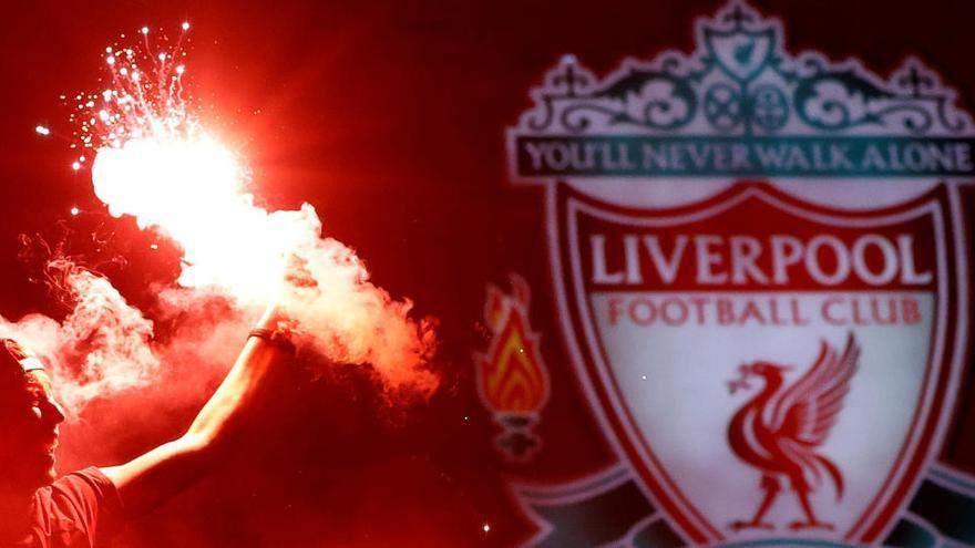 El Liverpool guanya la seva primera Premier després de 30 anys de sequera